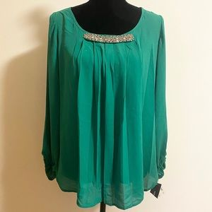 New Alfani emerald green top with shinning decor
